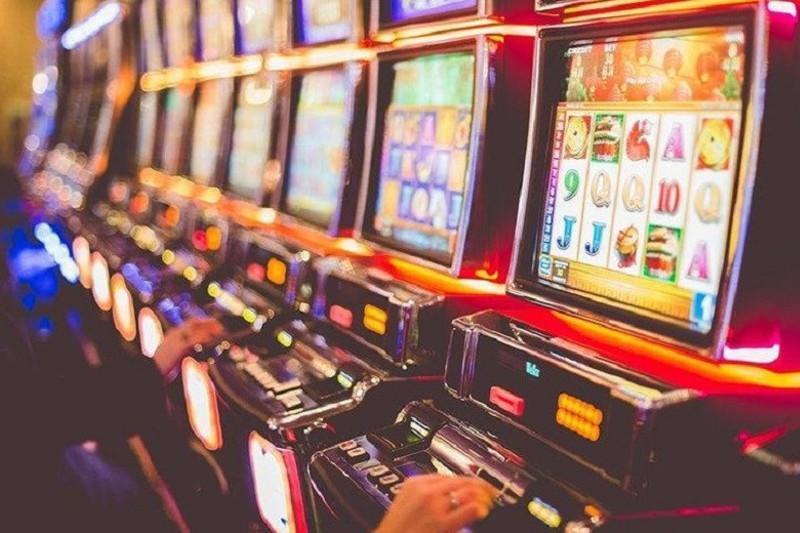 Как отличить легальные игровые терминалы от нелегальных, рассказали в АФМ